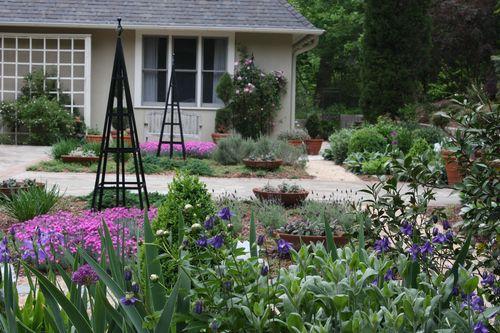 Greenwood-garden-April-25,-2011