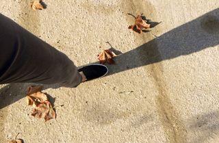 My-feet-on-the-path;cesenatico