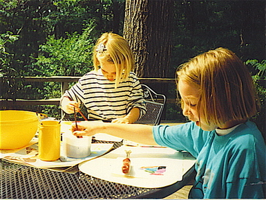 Kate_and_cecelia_painting
